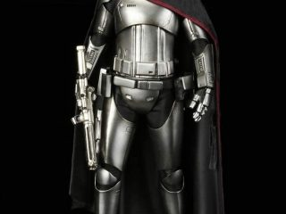 Préco - Star Wars Episode VII ARTFX+ 1/10 Captain Phasma
